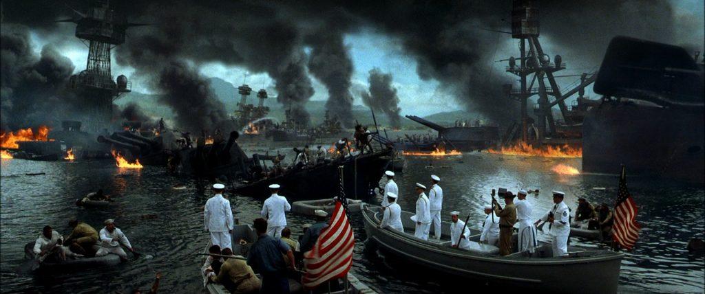 Ataque japonês a base militar americana em Pearl Harbor (1941).